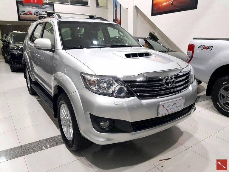 Toyota Hilux SW4  2013/2014