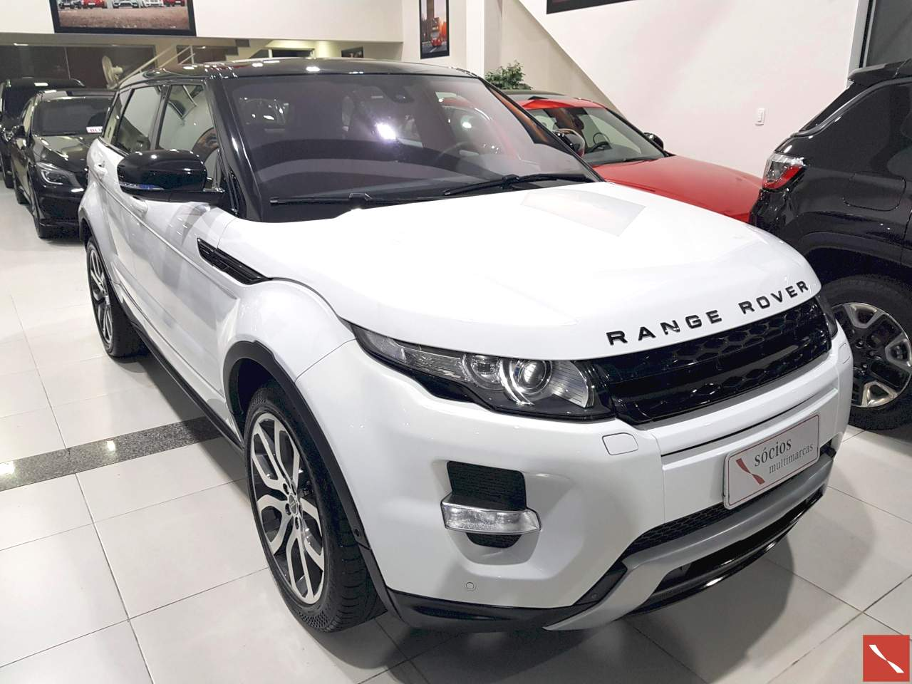 Land Rover Evoque Dynamic Tech 2011/2012